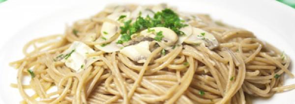 Spaghetti integrali con funghi prataioli del Casolare il Condottiero